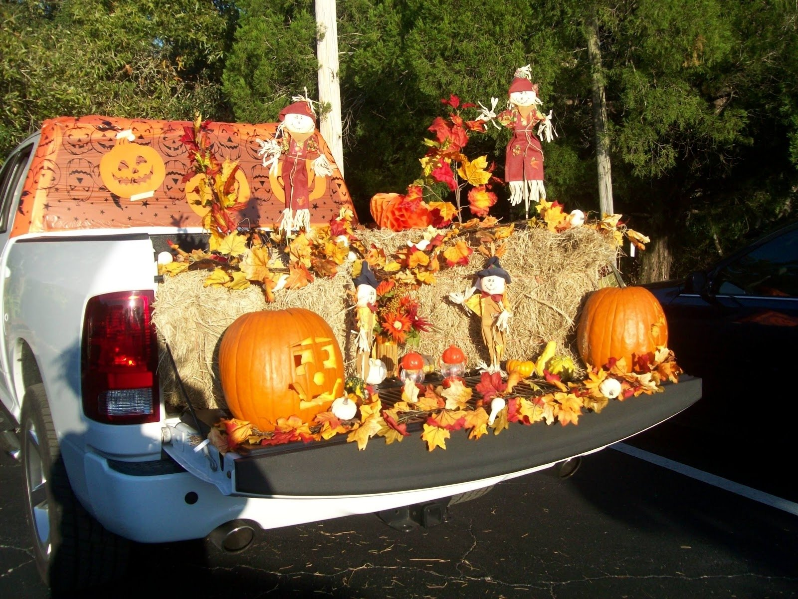 5 Trunk or Treat Ideas for Your Best Halloween Ever! - Dye ...